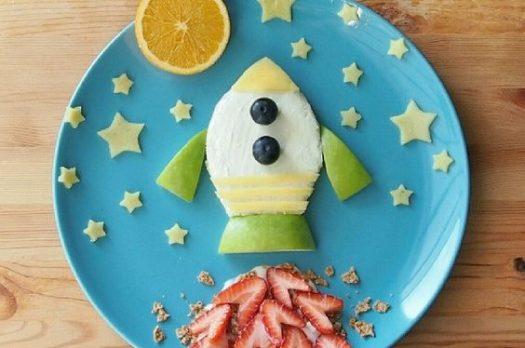 Far mangiare la frutta ai bambini? Che spasso!