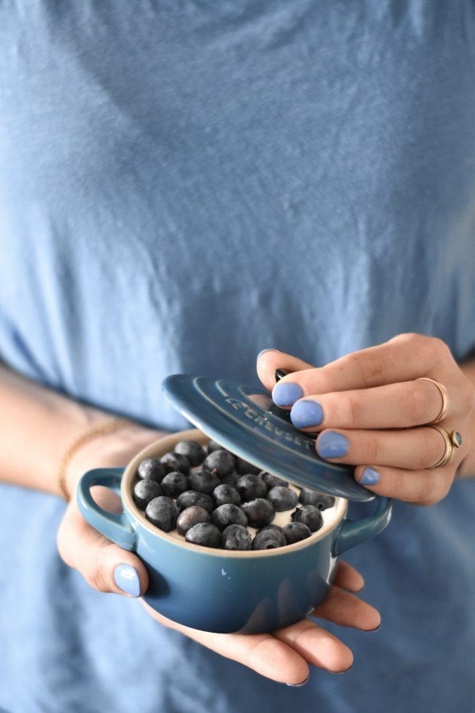 marsiglia-cocotte-le-crueset-yogurt-greco-frutta