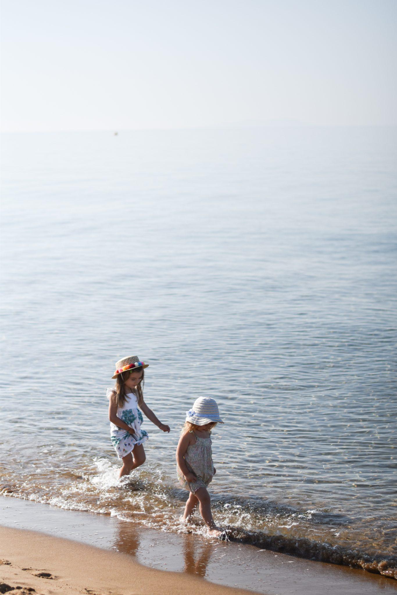 ninakina_issos_grecia_corfù_vacanze_bambini