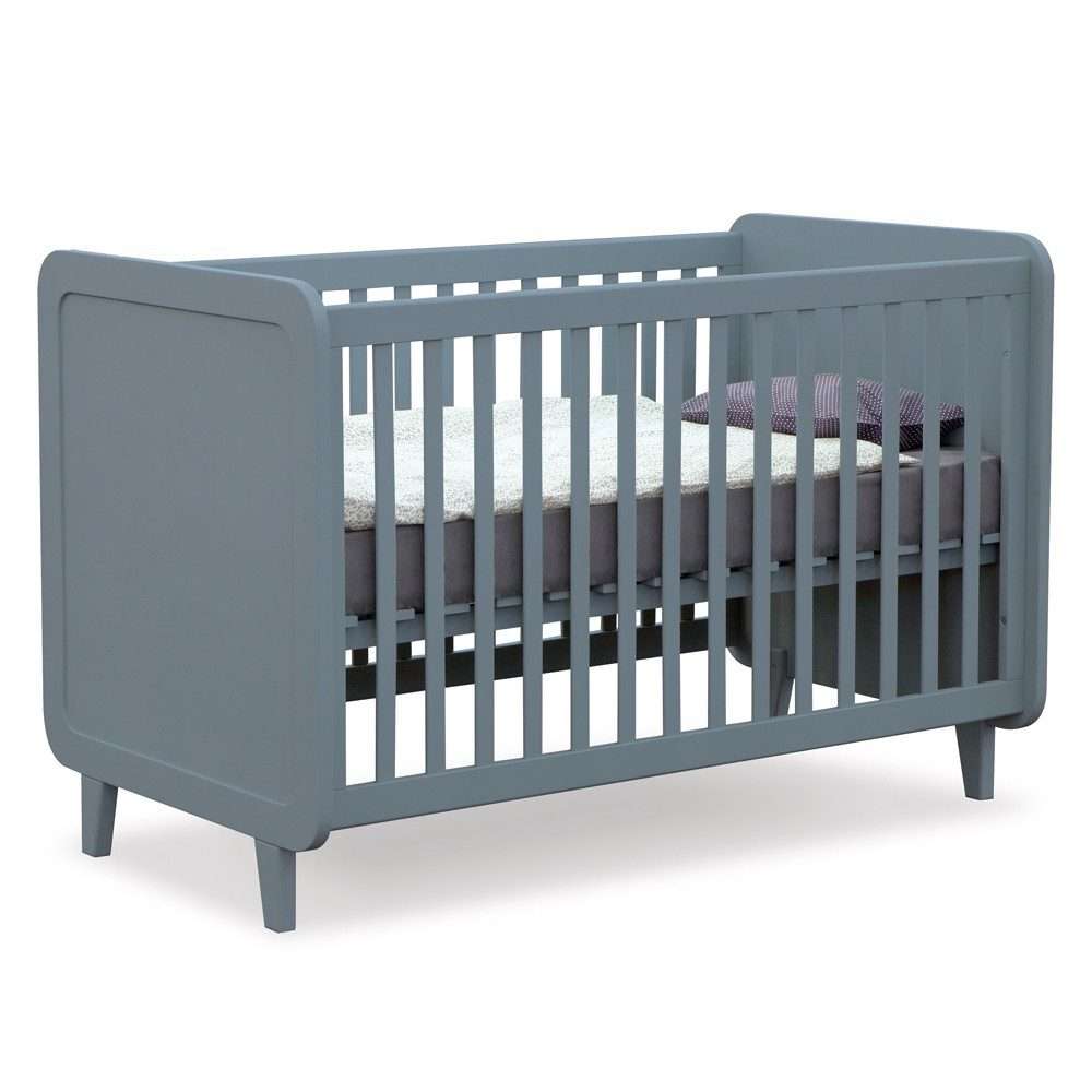 cameretta per neonato lettino sbarre