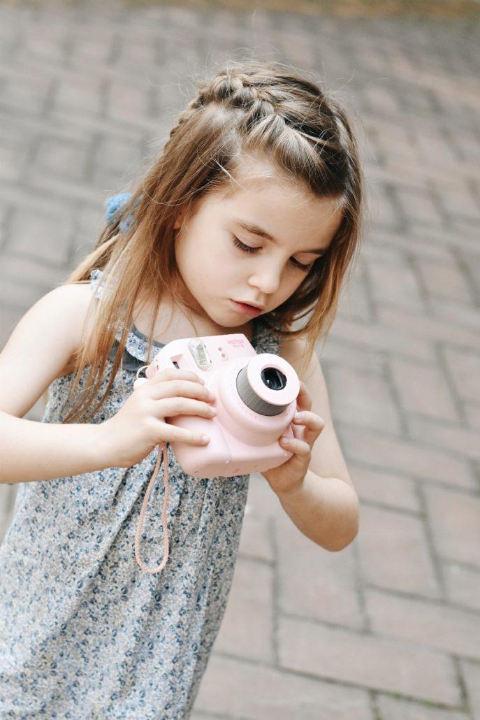 muguet-atelier-polaroid-rosa-bambina-ninakina