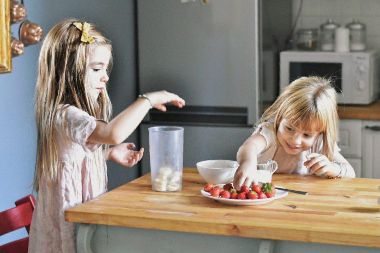 frullato di fragole ricetta per merenda bambini