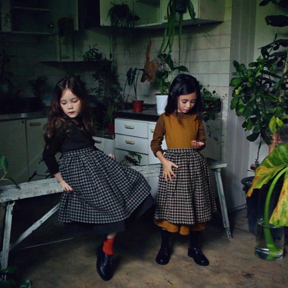 bambine indossano abbigliamento per bambini in saldo per black friday online