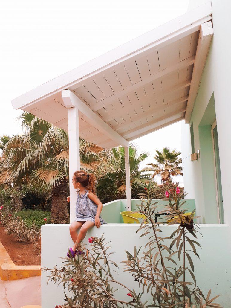 bambina in resort crioula a capo verde