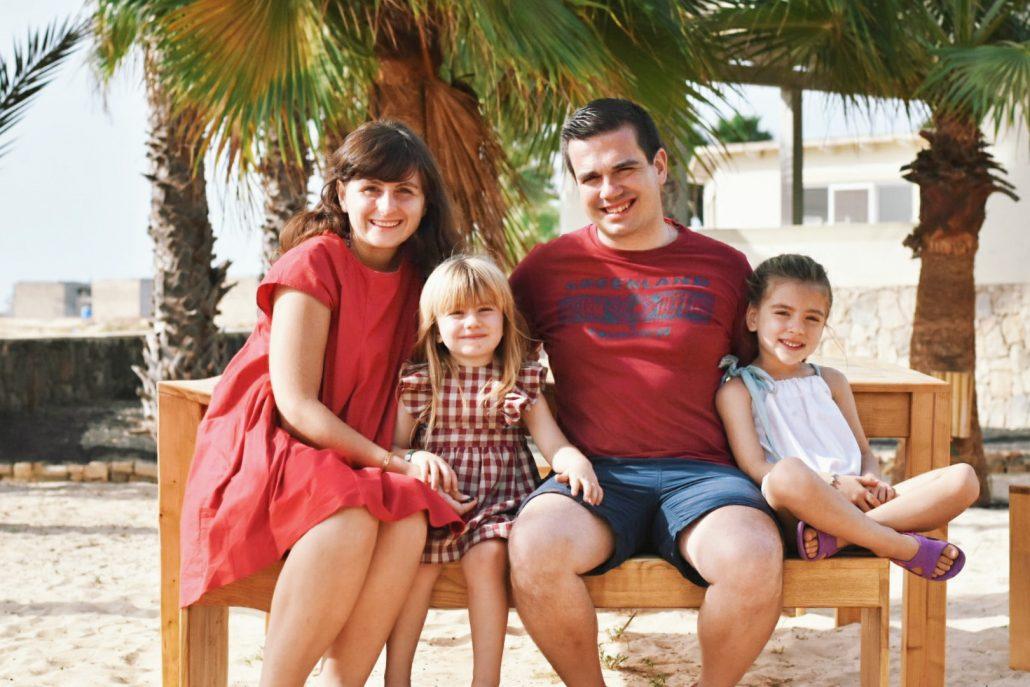 famiglia in vacanza a capo verde a dicembre