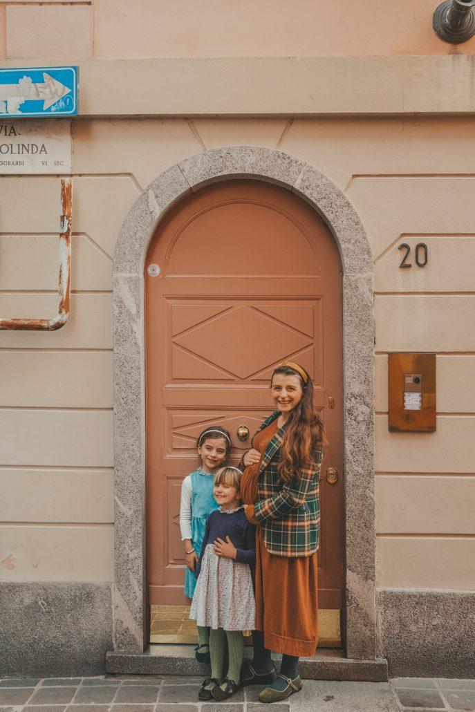 abbigliamento bambina made in italy crochette milano indossato dabambine con scarpe Babidetta