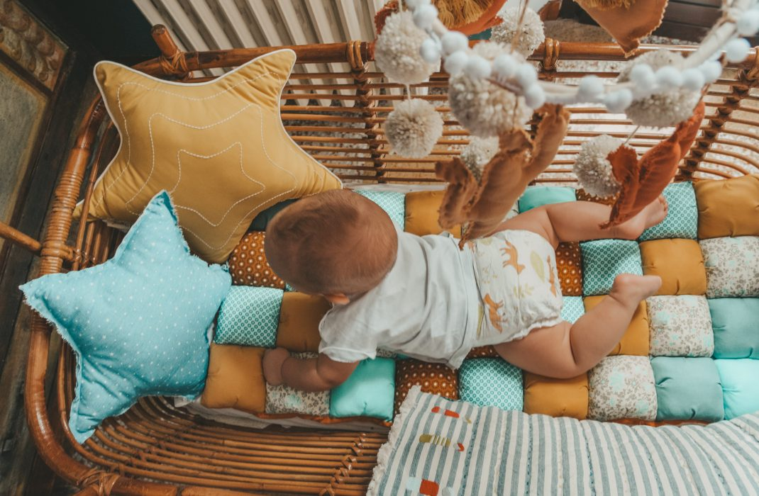 Idee camerette neonato, con mamma e papà