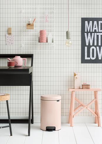 brabantia pattumiera per interni di design rosa quarzo