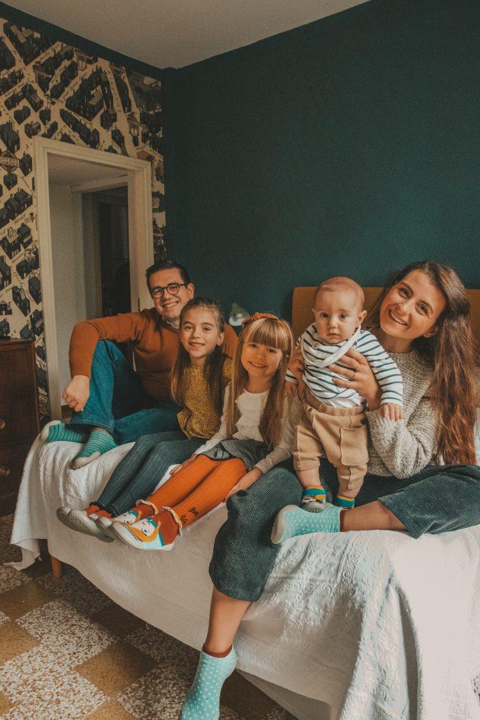 famiglia con tre figli