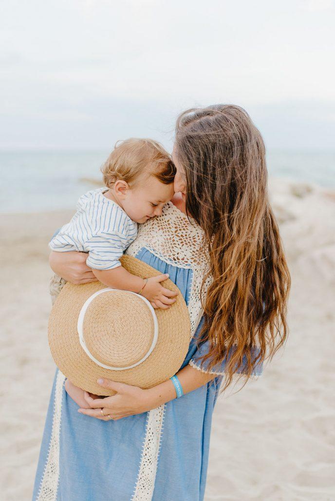 servizio fotografico di famiglia in abruzzo neonato e mamma
